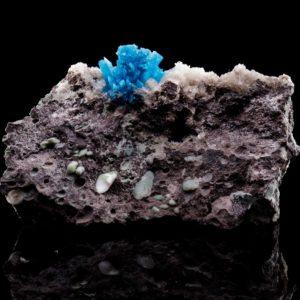 Син кристал от кавансит от miteviminerals
